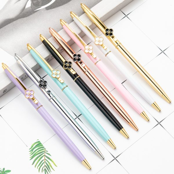 Metal Four leaf clover Ballpoint Pens clip Writing Handle Pens Signature School Office Supplies black ink 1.0mm Kawaii Gift